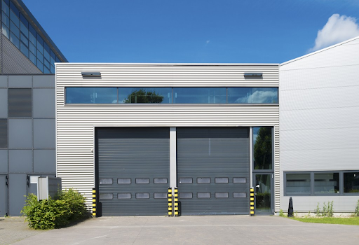 How To Extend The Lifespan Of The Doors Of Your Roller Shutter