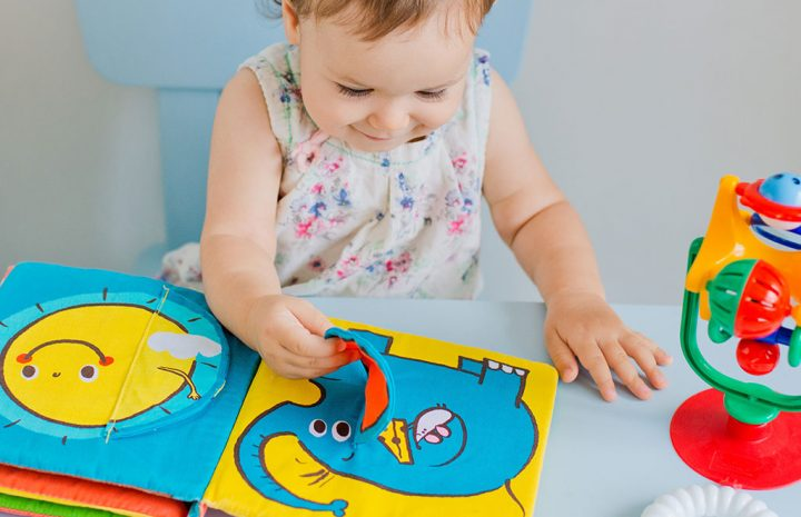 5 Most Useful Baby Girl Gift To Give To Little Ones
